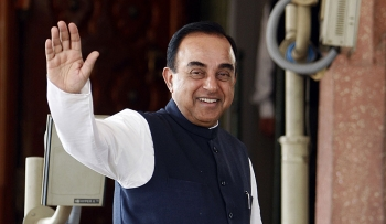 Teekhibaat with Subramanian Swamy