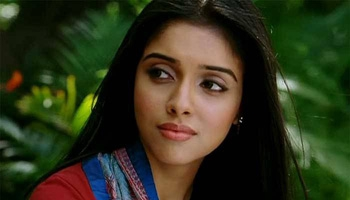 Seedhi Baat with Asin