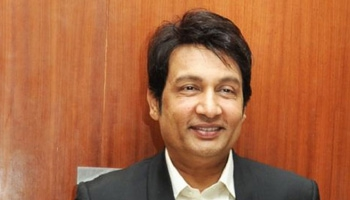 Seedhi Baat with Shekhar Suman