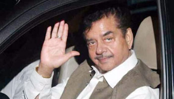 Seedhi Baat with Shatrughan Sinha
