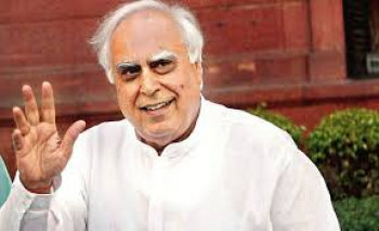 Prabhu Chawla In Conversation with Senior Congress Leader Kapil Sibal